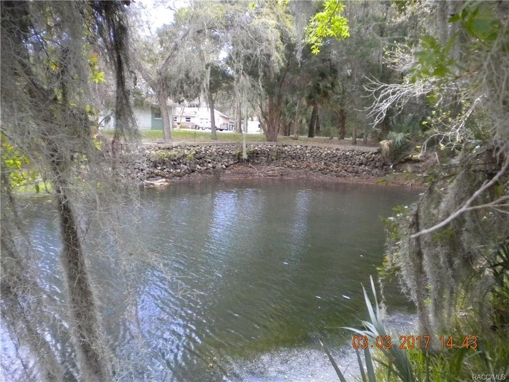 3847 N Hiawatha Ter, Crystal River, FL 34428