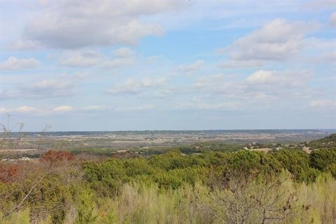400 County Road 4147, Cranfills Gap, TX 76637
