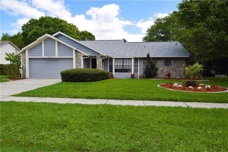 10432 Tara Dr, Riverview, FL 33578