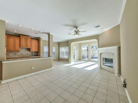 Photo of 3303 Ashland Grove Ln, Sugar Land, TX 77498