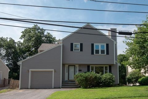 Photo of 295 Mower St, Worcester, MA 01602