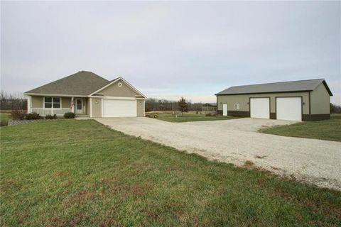 220 Ne Brown Rd, Lathrop, MO 64465