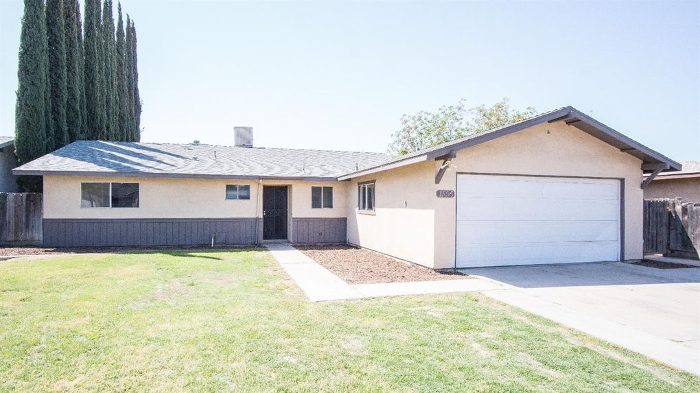 1895 W Putnam Ave, Porterville, CA 93257