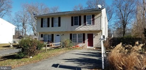 Photo of 12 Woodland Dr, Indian Head, MD 20640