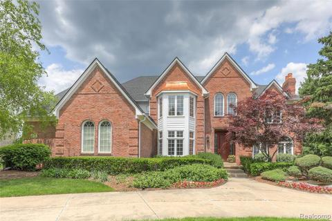 2904 Baytree Ct, Oakland Township, MI 48306 with Open Houses