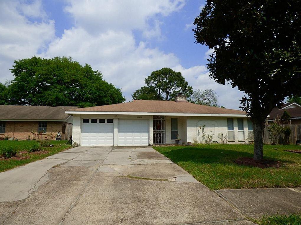 11616 Corona Ln, Houston, TX 77072
