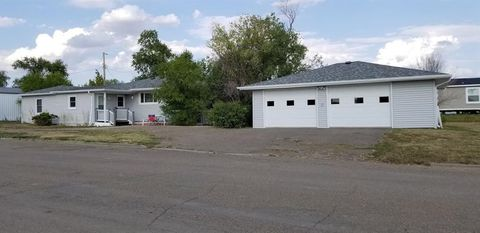 Photo of 701 Colorado Ave, Baker, MT 59313