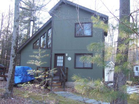 1102 Lakeland Dr, Lake Ariel, PA 18436