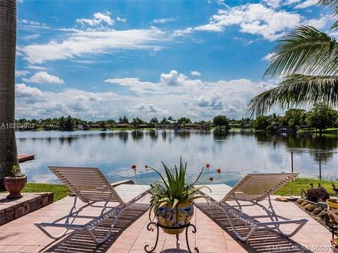 Palm Springs North Hialeah Fl Real Estate Amp Homes For