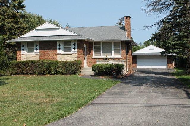 606 W Pleasant Ln, Lombard, IL 60148