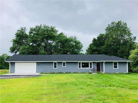 Photo of 7550 Fall Creek Rd, Indianapolis, IN 46256