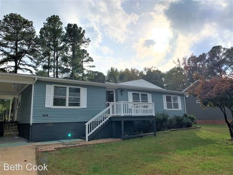 Photo of 422 Tanglewood Dr, Bracey, VA 23919