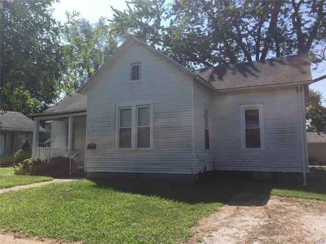 510 E South Ave, Greenville, IL 62246