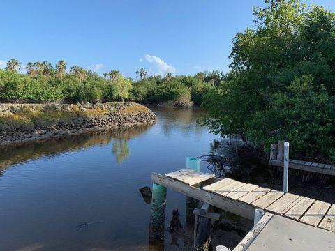 37 E Flamingo Dr, Everglades City, FL 34139