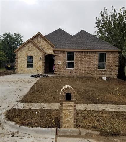809 Tapley St  Grand Prairie  TX 75051. Grand Prairie  TX Real Estate   Grand Prairie Homes for Sale