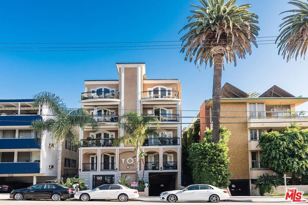 11952 Montana Ave Apt 301, Los Angeles, CA 90049