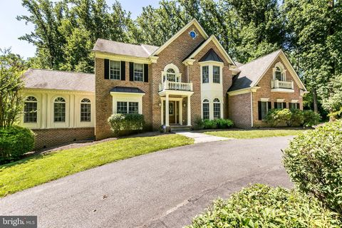 Photo of 909 Hillstead Dr, Lutherville Timonium, MD 21093