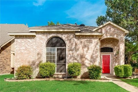 Photo of 2818 Lake Valley Dr, Garland, TX 75040