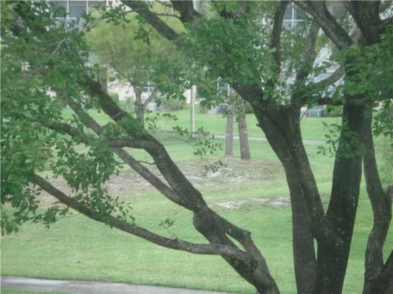 13255 SW 9 Ct Unit 304G Pembroke Pines, FL 33027
