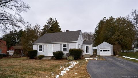 Photo of 17 Ninety Rod Rd, Clinton, CT 06413