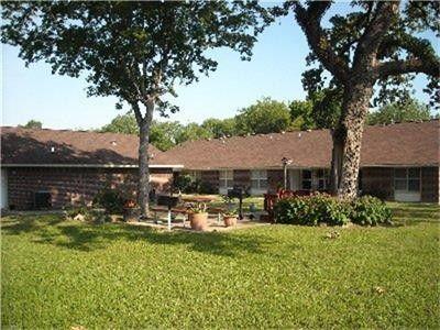 Photo of 219 E Pegoda Rd, Trinity, TX 75862