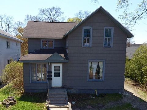 Sensational Petoskey Mi Multi Family Homes For Sale Real Estate Home Remodeling Inspirations Propsscottssportslandcom