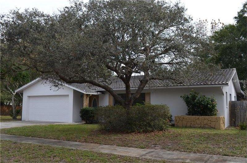 9767 122nd Way, Seminole, FL 33772