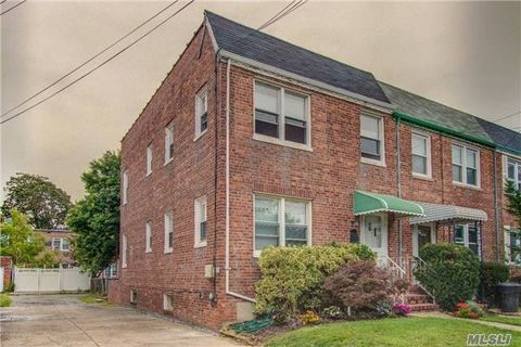 84 22 260th St Floral Park NY 11001