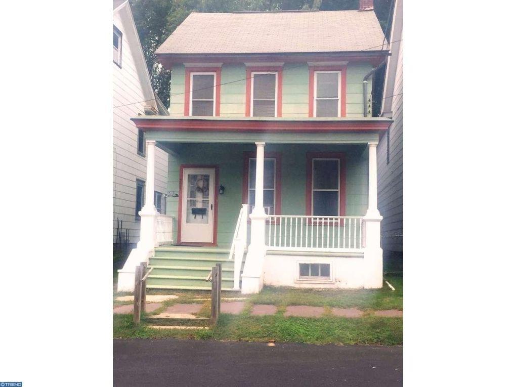 223 South St Jim Thorpe, PA 18229