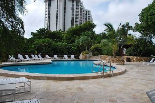 1000 quayside ter apt 307 miami fl 33138 home for sale
