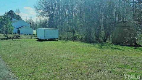 Photo of 234 Courtland Dr Lot 40, Angier, NC 27501