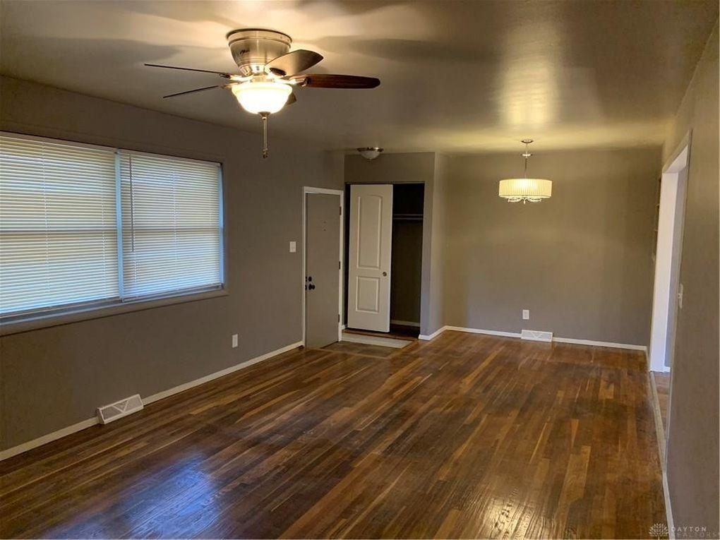 10 Soloman St Dayton Oh 45426 Home For Rent Realtorcom