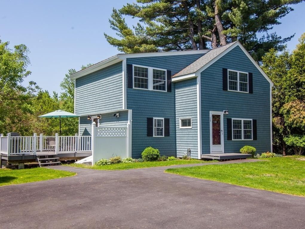 15 Maple Ave, Chelmsford, MA 01824