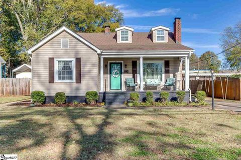 Photo of 36 Ackley Rd, Greenville, SC 29607