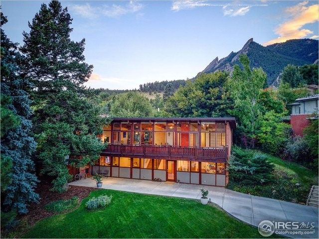 430 Christmas Tree Dr, Boulder, CO 80302