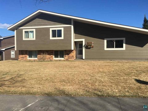 70 Nelson Dr, Silver Bay, MN 55614