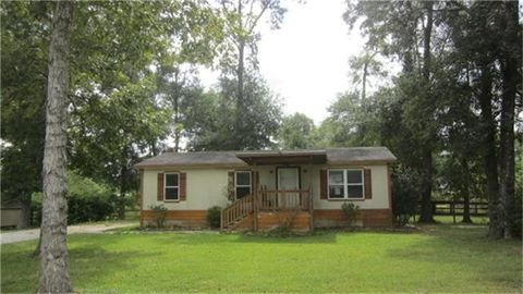 21622 County Road 37491 Cleveland TX 77327