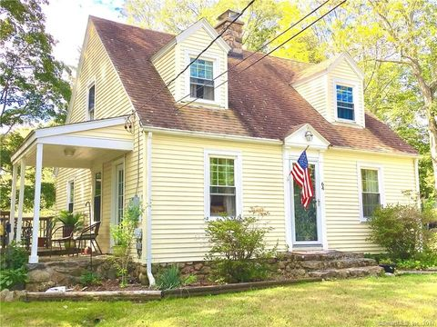 64 Old Colchester Rd, Quaker Hill, CT 06375