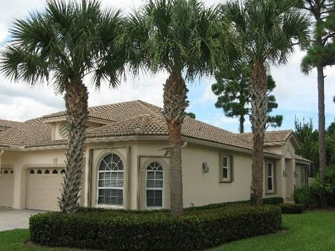 7068 Torrey Pines Cir, Saint Lucie West, FL 34986