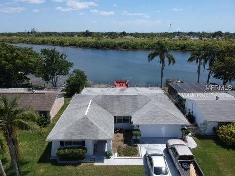 3314 Jackson Dr, Holiday, FL 34691