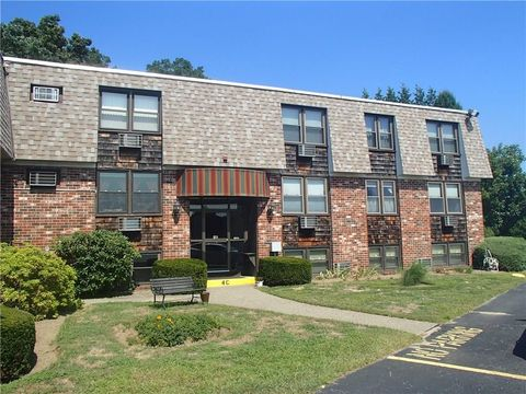 510 Child St Apt 406 C, Warren, RI 02885