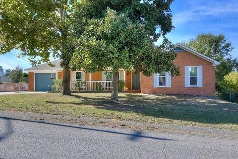 Photo of 2211 Ramblewood Dr, Augusta, GA 30906