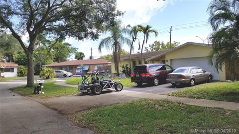 4960 Sw 101st Ave, Cooper City, FL 33328