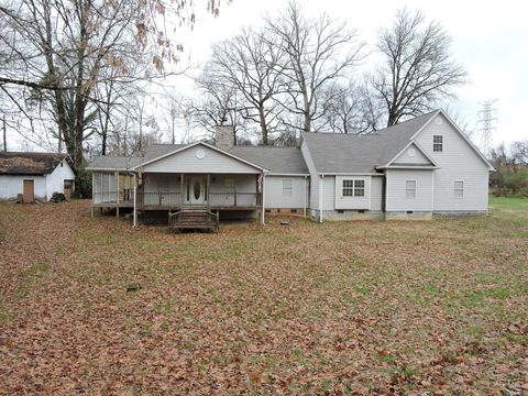 Photo of 4843 Co Op Rd, Rockford, TN 37853