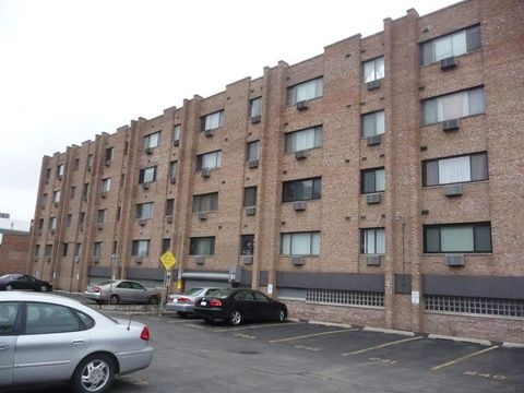 5348 N Cumberland Ave Unit 323, Chicago, IL 60656