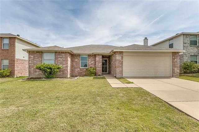 1336 Windy Meadows Dr, Burleson, TX 76028