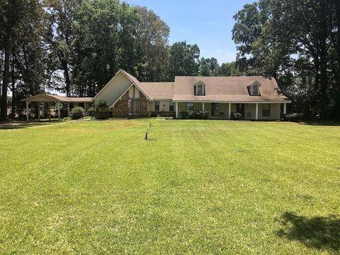 861 County Road 414, Houston, MS 38851