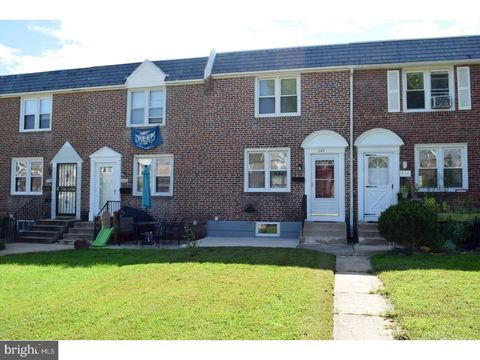 Photo of 242 Spruce St, Glenolden, PA 19036