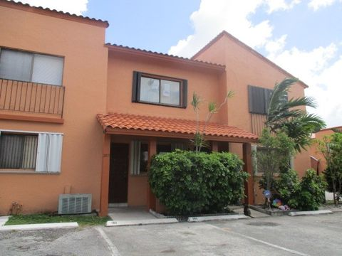 Photo of 2750 W 64th Pl Apt 203, Hialeah, FL 33016