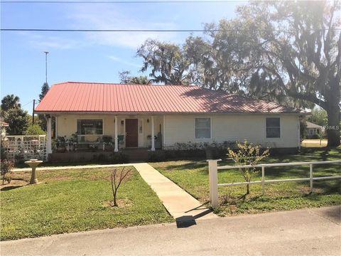 152 E Halifax Ave, Oak Hill, FL 32759